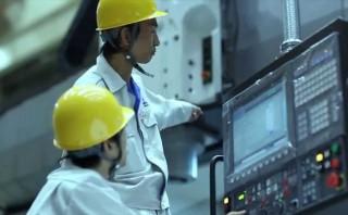 グレーディングで世界観を引き立てるオークマ株式会社の会社紹介動画